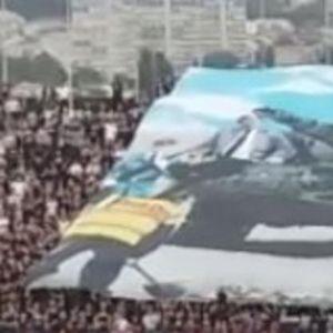 TENK NA KOREOGRAFIJI GROBARA: Evo kako su navijači Partizana prozvali Crvenu zvezdu na večitom derbiju (KURIR TV)