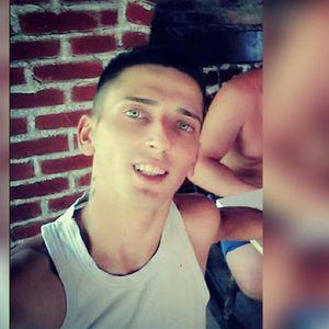 ČASLAVA (24) SU NAŠLI PORED REKE, ALI SE NIJE UTOPIO Prijatelji u neverici: Nije ga niko jurio, ništa nije dugovao TUGA
