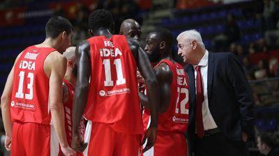 DRAMA NA NEBU: Pokvario se avion kojim su košarkaši Crvene zvezde poleteli za Milano!