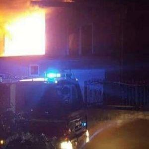 DETALJI TRAGEDIJE KOD CAZINA: Dečak nastradao u požaru na svoj rođendan, ostali članovi porodice zadobili lakše povrede!