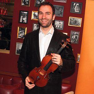 STEFAN MILENKOVIĆ SE NE ODVAJA OD SINA NASLEDNIKA! Violinista pokazao kako provode vreme u prirodi, a evo šta je poručio!