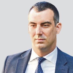 VLADIMIR ORLIĆ (SNS): Sergej Trifunović je zabavljač s dna kace