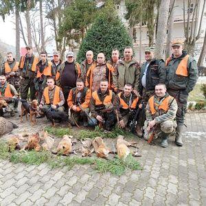 LOVAČKE PRIČE NA JASTREPCU: Odstrelili nekoliko lisica i povećeg VEPRA! FOTO