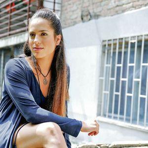 NJEN DEDA JE TVORAC ŽIKINE DINASTIJE: Miona Marković je poznata glumica, a otac joj je OVAJ srpski POLITIČAR!
