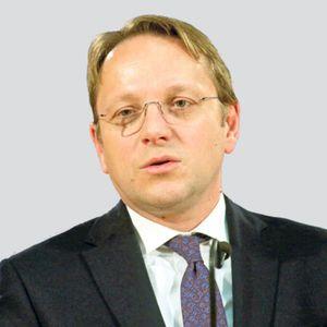 OLIVER VARHELJI, KOMESAR ZA PROŠIRENJE EU: Lajčak dobar izbor za izaslanika Evropske unije