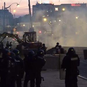 HAOS U PARIZU! Protest hiljada ljudi zbog korona mera i STRADANJA AFROAMERIKANCA! Policija upotrebila SUZAVAC!