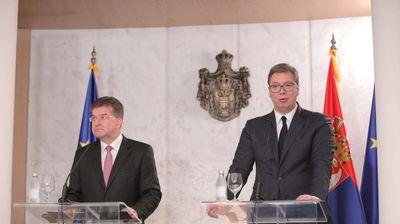UŽIVO! SASTALI SE VUČIĆ I LAJČAK: Očekuje se obraćanje medijima predsednika Srbije i predstavnika EU