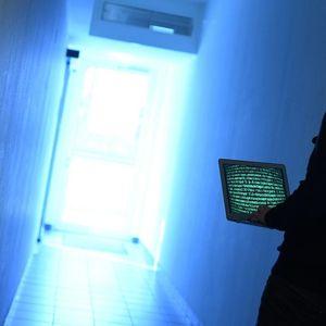 IRANAC UHAPŠEN ZBOG HAKERSKIH NAPADA U SARAJEVU: Preko servera iz inostranstva hakovao Opštinu Centar i ucenjivao!