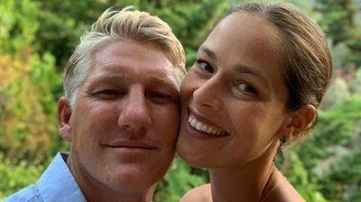 ROMANTIČNA ČESTITKA: Zbog načina na koji je Ana suprugu Bastijanu čestitala rođendan ZAVIDI MU CELA PLANETA