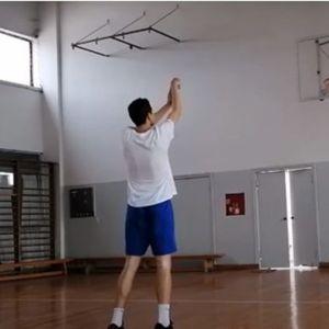 SRBIN POGODIO 178 BACANJA ZAREDOM: Košarkaš koji je već u Ginisovoj knjizi rekorda, još jednom iznenadio