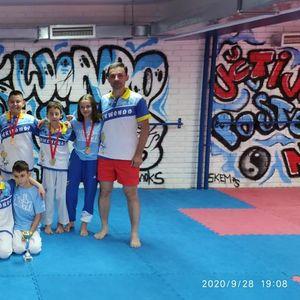 ASTERIKS OSTVARIO SJAJAN REZULTAT NA PRVENSTVU SRBIJE: Tekvondisti iz Niša uzeli devet pojedinačnih i dve ekipne zlatne medalje