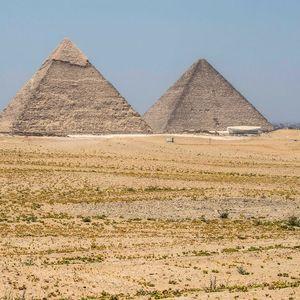 SUDAR KAMIONA I MINIBUSA U EGIPTU Najmanje 18 poginulih, nesreća se dogodila 100 km od Kaira