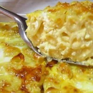 JELO KOJE SE BRZO SPREMA, A SLUŽI SE TOPLO! Makarone sa sirom, ukusan obrok za celu porodicu!