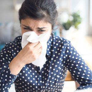 RAZLIKA IZMEĐU KORONE I SEZONSKIH ALERGIJA: Sada svaki simptom podseća na KOVID, a evo kako da RAZLIKUJETE te dve POJAVE!