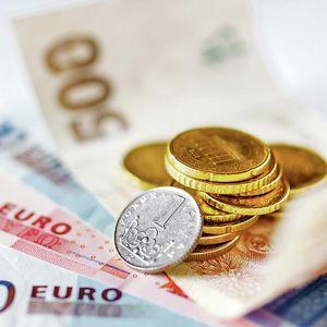 DINAR BEZ PROMENE: Evro danas 117,56 po srednjem kursu