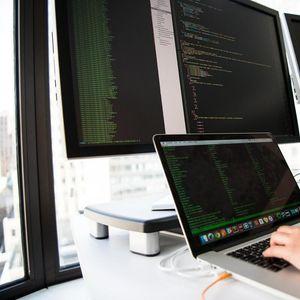 SOFTVERSKI INŽENJERING: Ovo je 5 glavnih razloga da se prekvalifikujete za posao softverskog developera