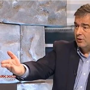 MEDOJEVIĆ UPOZORAVA Krivokapić i njegov EKSPERT za korupciju ponovo zadužuju zemlju i planiraju prodaju Elektroprivrede Crne Gore!