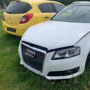 CARINICI NA ĐURĐEVDAN POŠLI U VANREDNU KONTROLU, ZATEKLI HAOS: Pljuštaće kazne! 33 neocarinjena automobila drežde na livadi?! FOTO