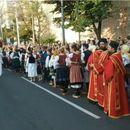 GLEDAJTE UŽIVO SPASOVDANSKA LITIJA: Veliki broj građana okupio se kod Vaznesenjske crkve u Beogradu