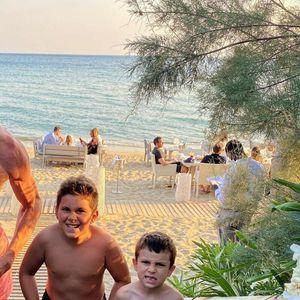 BOBAN MARJANOVIĆ PODETINJIO: NBA centar uživa na odmoru sa sinovima, pravi face i ludira se!