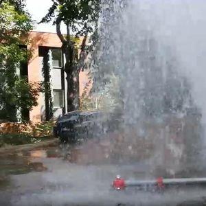 GEJZIR KOD CRKVE SVETOG MARKA: Poplava na sve strane! Voda se slivala sve do Takovske ulice