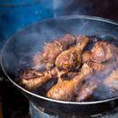 Tradicionalna francuska kuhinja – Sočna piletina u vinu