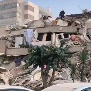 СТРАШНО: Урнати згради и во Грција, затрупани деца, се бројат загинати!