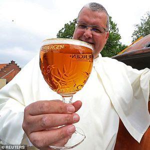 """""""Пивскиот Грал"""": Монаси успеале да преведат рецепт од средовековно пиво и ќе произведуваат милион литри годишно"""