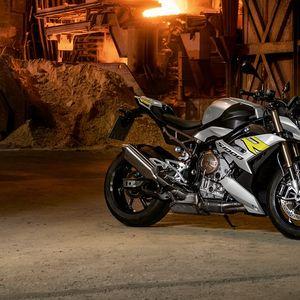 Преставен BMW S1000R за сезоната 2021