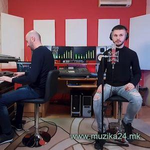 """Младиот Дамјан Стоименовски сними емотивен кавер за песната """"Мајко"""""""