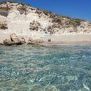 """Најголемиот грчки остров е познат по феноменалните плажи: Една од нив e вистински природен """"велнес"""""""