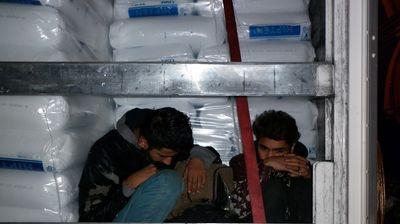 Мигранти од Еритреја најдени во возило на патот Радовиш-Штип