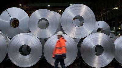 САД ги укинуваат царините за челик и алуминиум од Канада и Мексико