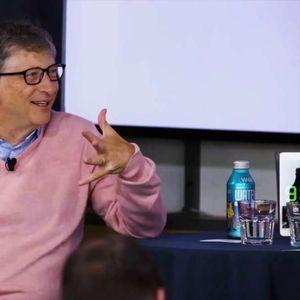 """Бил Гејтс ја призна најголемата грешка на """"Мајкрософт"""" која го чинела 400 милијарди долари"""