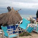 Халкидики заздравува по невремето, на туристичките места се враќа електричната енергија