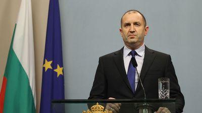 Радев повикува на заштита на правата на Бугарите во Македонија