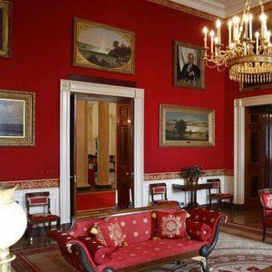 Првата дама Меланија Трамп ја преуреди Белата куќа