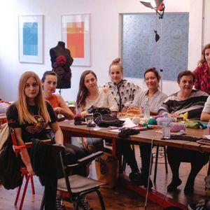 """Со """"Нитка"""" младите преку плетење ја оживуваат заборавената традиција"""