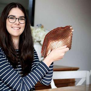 Тинејџерка направи заштитна бакарна ткаенина што блокира радиоактивно зрачење