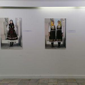 Изложба на носии од балканските народи отворена во Кавадарци