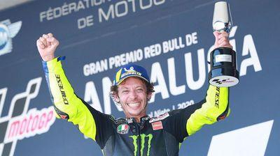 Валентино Роси ќе се трка на 42-годишна возраст
