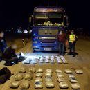 Запленета дрога вредна 200 илјади евра во камион на патот Прилеп-Градско