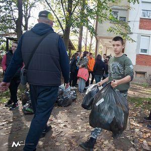 """""""Сакаме да живееме во чиста околина"""" – порака од еко-акцијата на гевгелиските ученици"""
