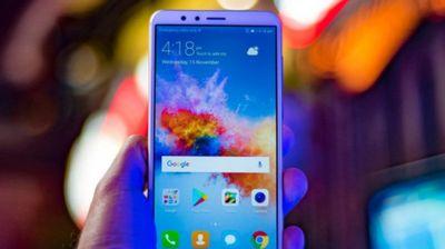 ŠOK! Huawei prodao svoj brend pametnih telefona marke Honor
