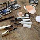 Šminku nikako ne smete da držite u kupatilu: Evo zašto to može da bude štetno