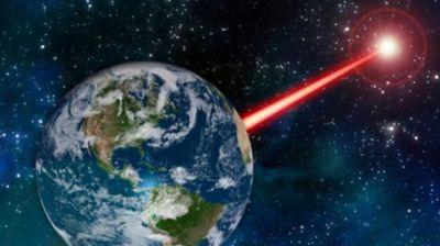 NEVIDLJIVI KRIVCI KVARE UREĐAJE: Kosmički zraci sve više utiču na elektroniku, a problemi mogu postati mnogo OZBILJNIJI!