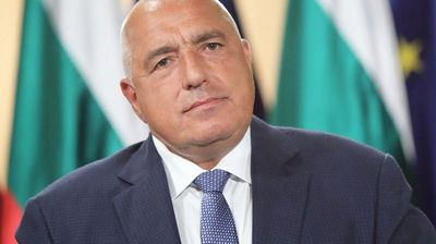 Борисов захапа Радев за политическата криза, призова партийните лидери да загърбят егото си