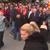 Симпатизер на ВМРО-ДПМНЕ игра и пее за време на митинг (ВИДЕО)