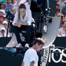 Убавата судијка го налути Федерер (ВИДЕО)