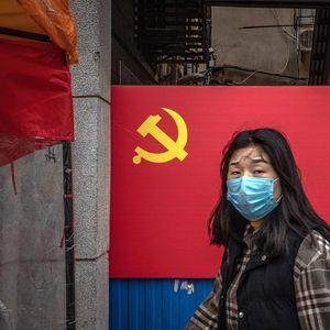 Пандемијата повторно затвори речиси 4 милиони Кинези во нивните домови